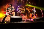 Jason Hook, Jeremy Spencer, Ivan Moody - Five Finger Death Punch - at Gwinnett Arena, Duluth GA - 11 Oct 2014