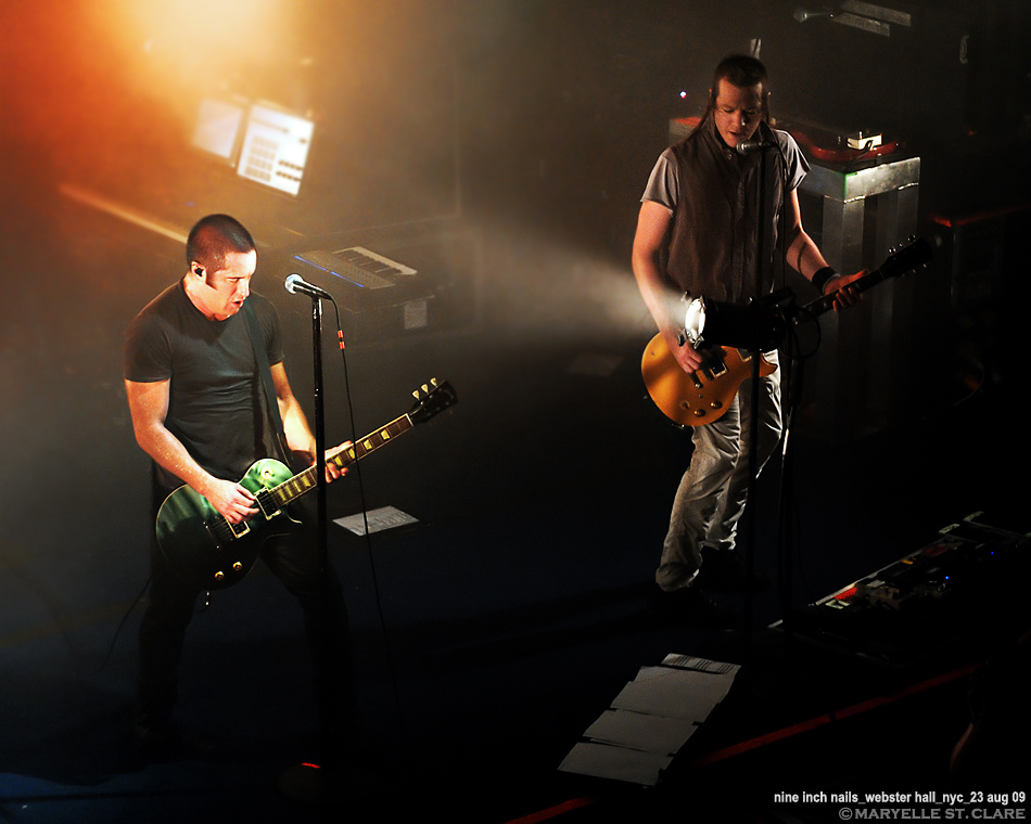 Nine Inch Nails Wave Goodbye club tour photos images pictures ...