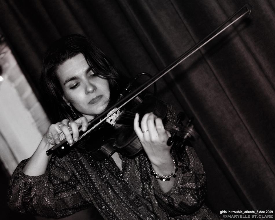 Alicia Jo Rabins | Girls In Trouble @ Atlanta GA 12/05/09