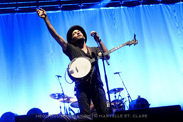 The Avett Brothers - at Verizon Wireless Amphitheater, Alpharetta GA - 25 Jul 2014+